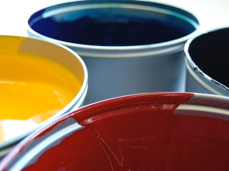 Farby i lakiery do ciągników - odśwież swoje maszyny