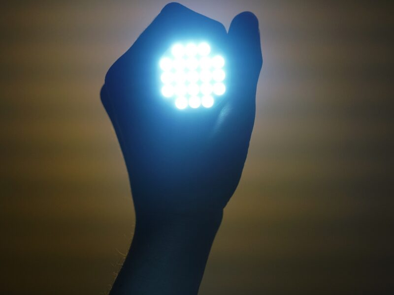 Lampy robocze LED i ich wykorzystanie w rolnictwie